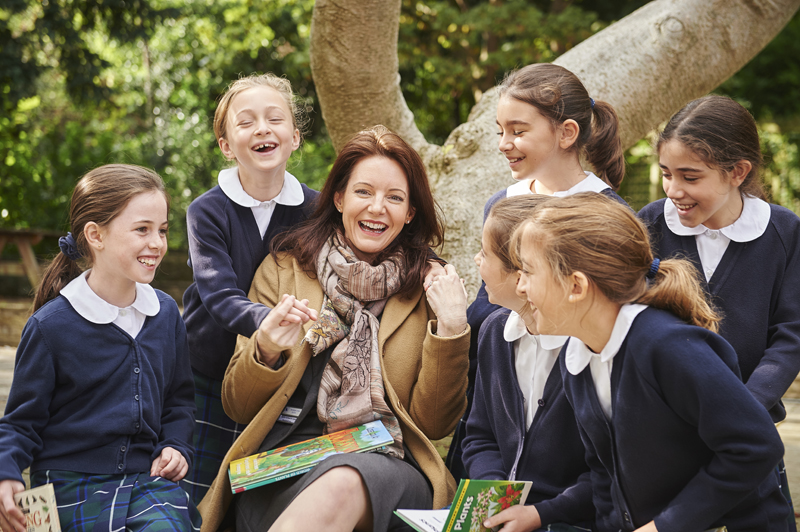 centre-head-teacher-mrs-ashworth-jones-with-some-of-the-pupils