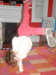 Dance Grooves Street Dance Classes @ The Putney Canteen Every Thursday for children aged 4 - 5 years old @ The Putney Canteen